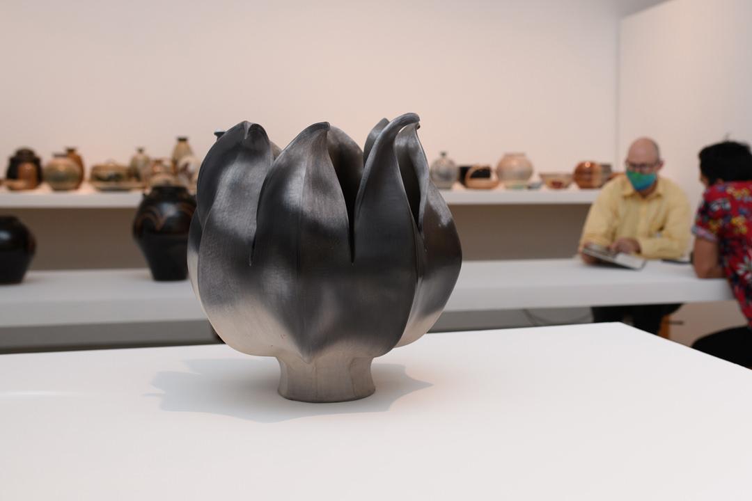 Laura Wee Láy Láq, Petals (#300), 1988, sawdust fired ceramic